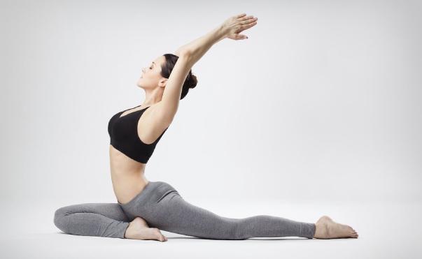 nâng ngực bao lâu thì tập yoga